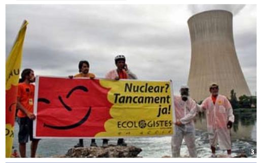 Protesta en los alrededores de la nuclear.